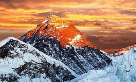 Kineske kompanije demonstriraju moć: Mount Everest pokriven 5G signalom