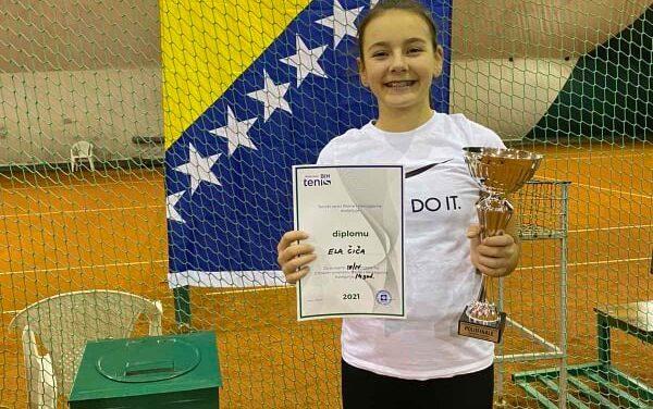 Tenis: Ela Čiča osvojila 3. mjesto na Državnom zimskom prvenstvu BiH u kategoriji do 14 godina