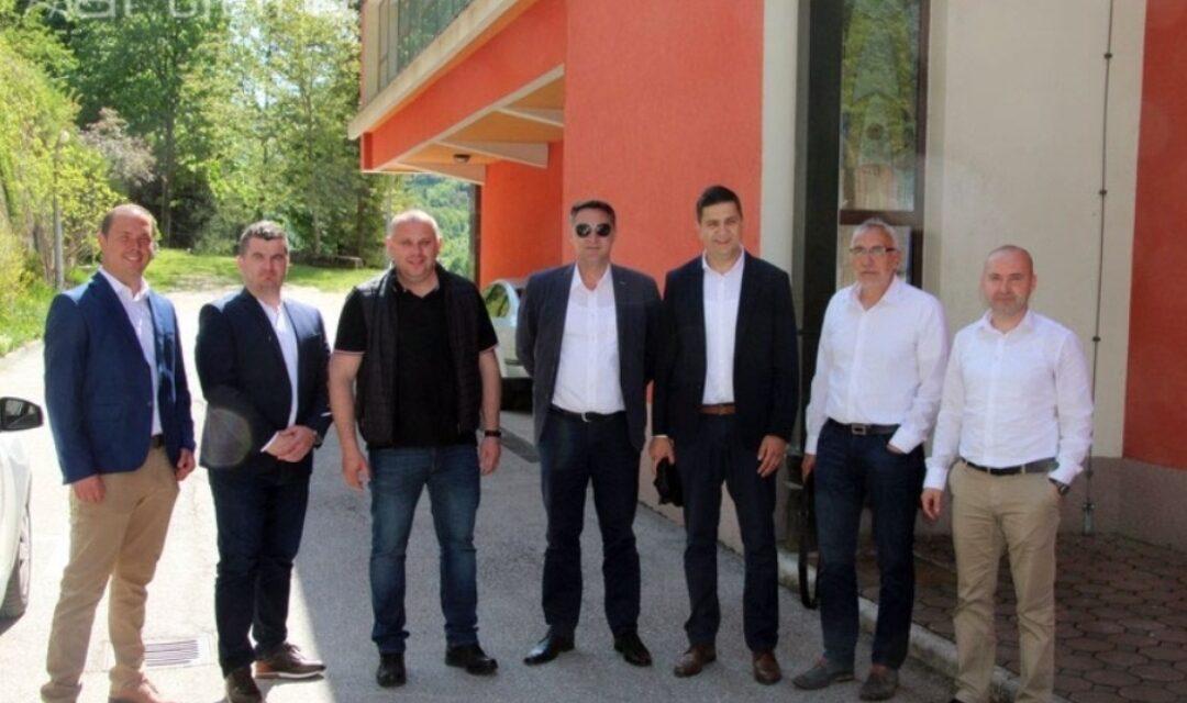 ISTINSKI LIDERI SREDIŠNJE BOSNE: Načelnici Središnje Bosne sastali se u Kreševu, razgovaralo se i o Elektroprivredi HZHB