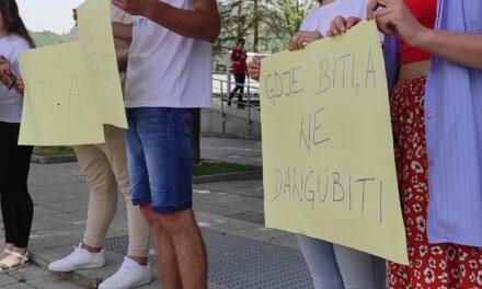 """Mladi u Kiseljaku pitaju: """"Gdje biti, a ne dangubiti""""-Održan sastanak sa načelnikom Općine Kiseljak"""