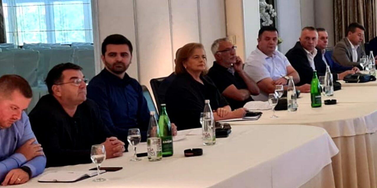 Mišurić-Ramljak na sastanku s Čovićem i ostalim načelnicima iz reda HDZ BiH