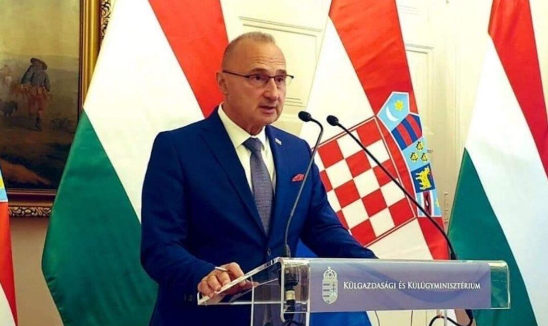 KOLUMNA: Mali hrvatski ljudi i krojač(ice) jugošinjela