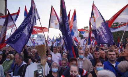 Kod Srba revolucija za vlast, Bošnjaci traže kandidata, a Hrvati se okupljaju