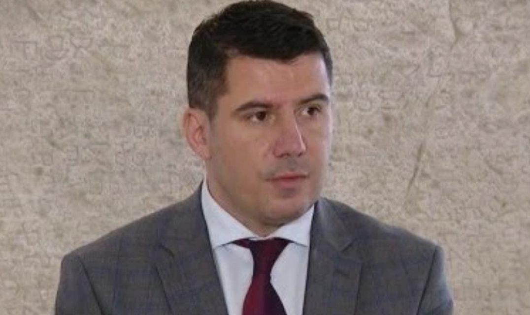 """KOLUMNA: Grmojine brbljarije o bojkotu izbora u BiH su poruka neprijateljima """"žive nas zakopajte"""""""