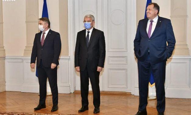 Video: Dodik kazao da je i ranije pio alkohol u Predsjedništvu; Komšić: Da, pili smo da nazdravimo ANP